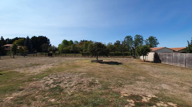 Photo 2 : Terrain constructible à Ambarès-et-Lagrave (33440)