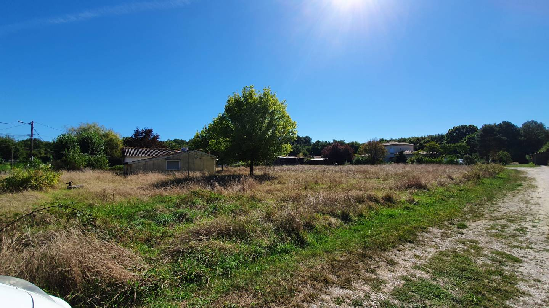 Photo 2 : Terrain constructible à Laruscade (33620)