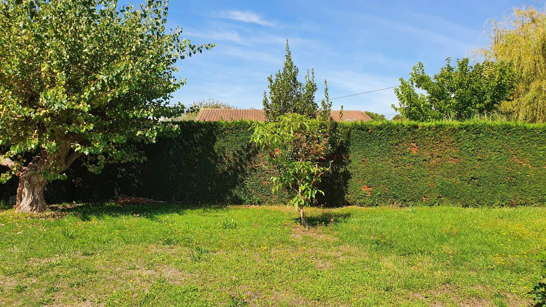 Photo 2 : Terrain constructible à St-Médard-en-Jalles (33160)